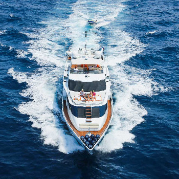 Rent your Heartbeat Of Life yacht in Barcelona or surroundingsand enjoy our yacht trip.