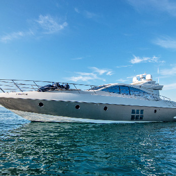 Redefining stylish & comfort. Rent your Manzanos yacht in Barcelona and enjoy our yacht trip.