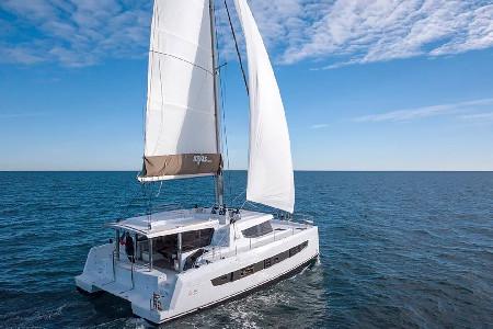 Catamaran Bali 4.8