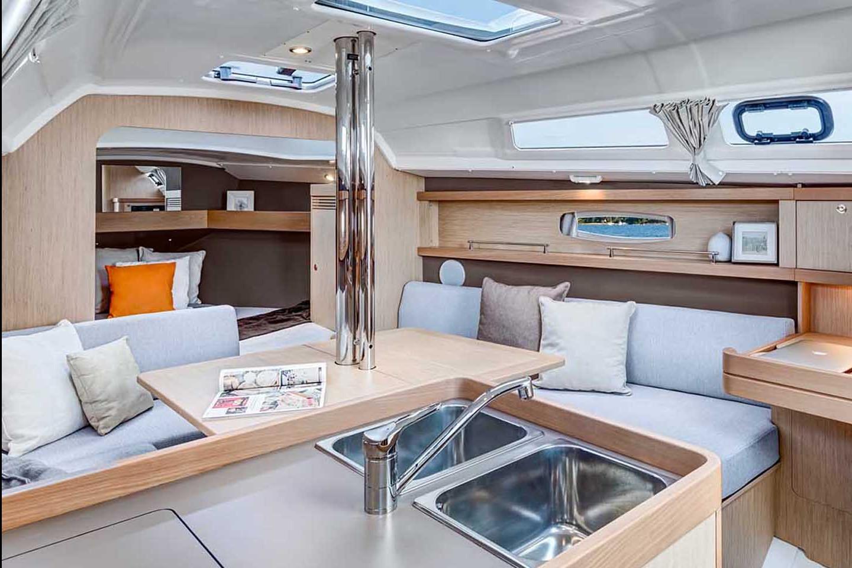 Sailing Boat 531