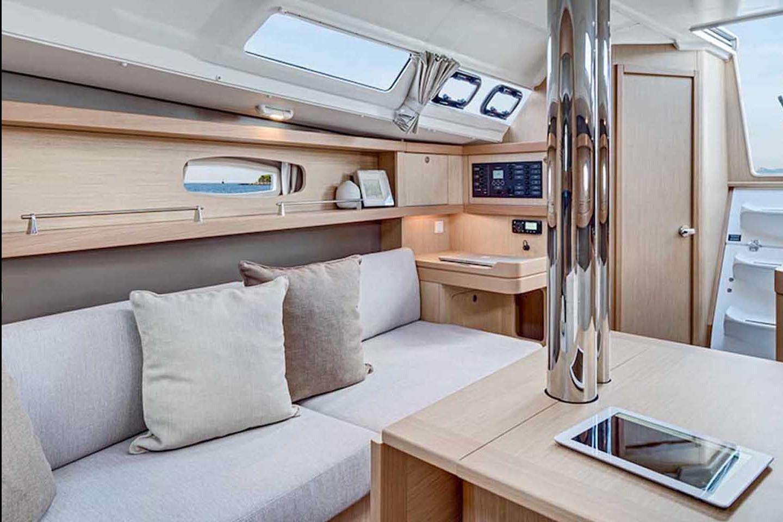 Sailing Boat 532