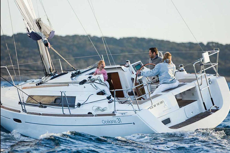 Sailing Boat 535