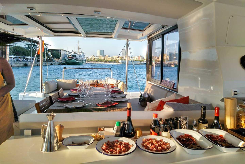 Catamaran Sail District 544