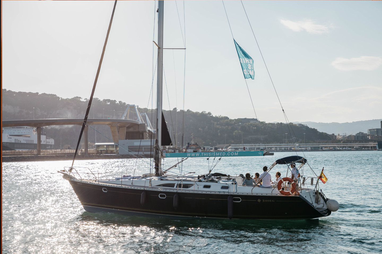 Barefoot Sailboat 1105
