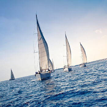 Embark on the adventure, set sail on a sailboat and set sail for the Costa Brava with your work team in this rsc activity.
