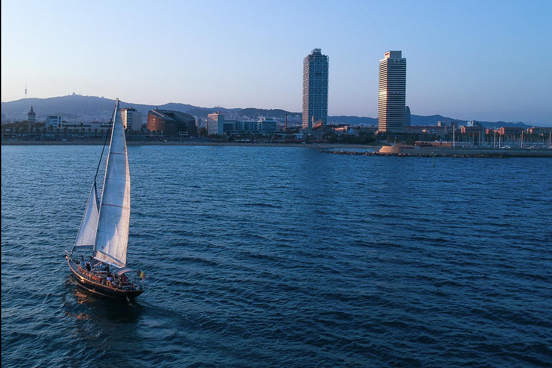 Navegar entre mar y viñas 706