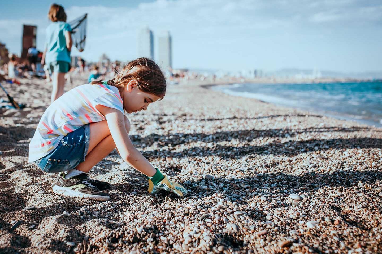 Beach clean up 688