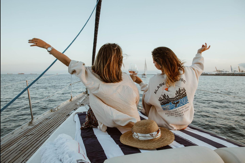 Sunset sailing 741