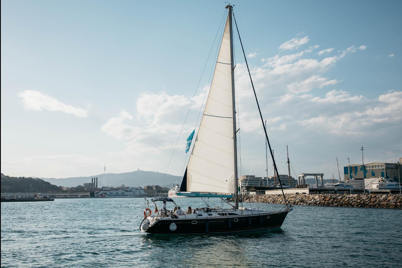 Sunset sailing 729