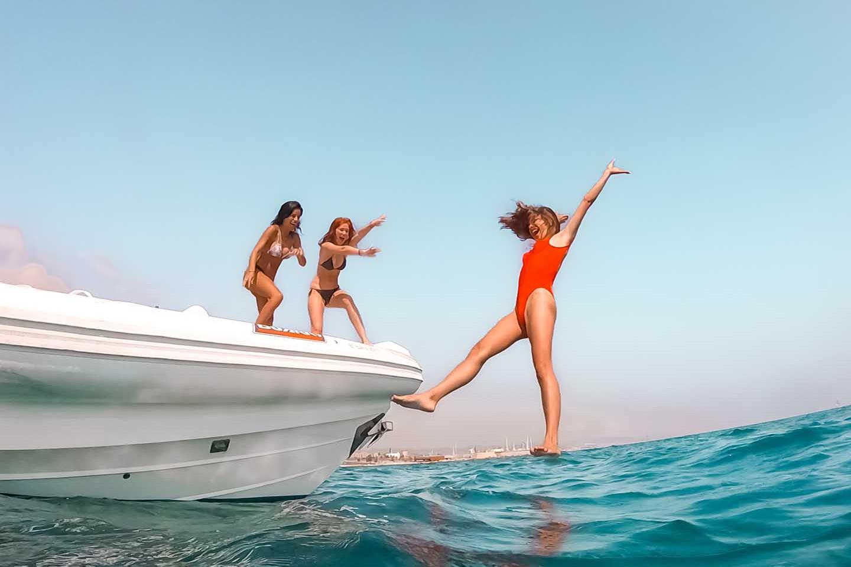 Fiesta en barco con hinchables 417