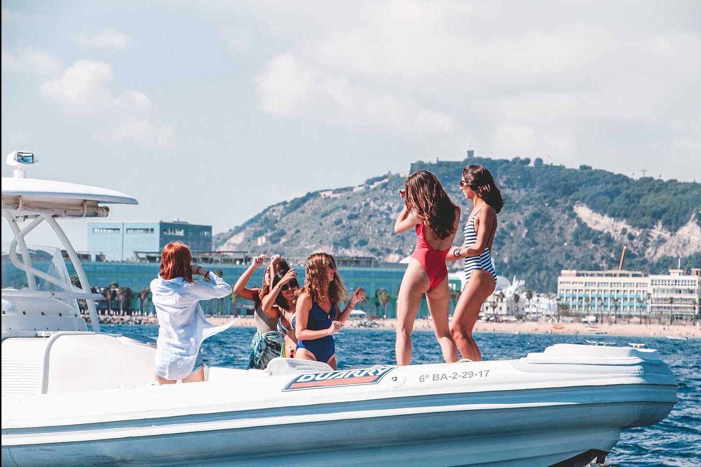 Fiesta en barco con hinchables 418