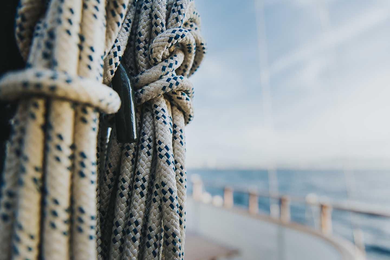 Classic Boat Sailing 584